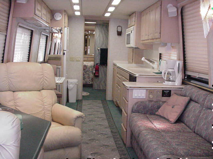 1990 Prevost 40ft  Country Coach motorhome